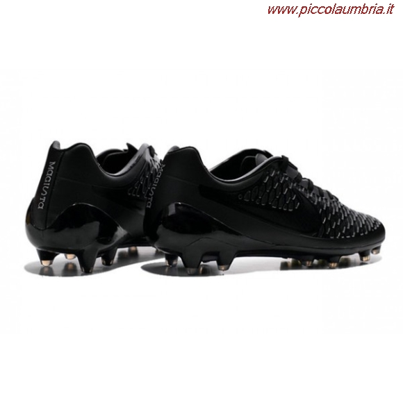 b8be8ab0b9db7 Scarpe Da Calcio Nere piccolaumbria.it
